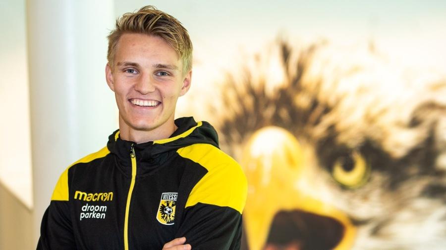 Martin Odegaard é apresentado pelo Vitesse - Divulgação