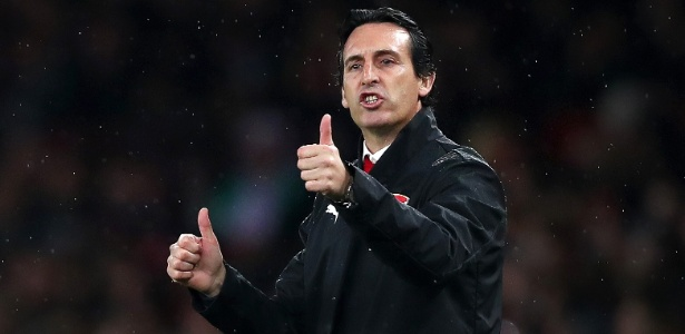 Desde que assumiu o Arsenal no começo da temporada, Emery comandou a equipe em 16 jogos e perdeu apenas 2 - Naomi Baker/Getty Images