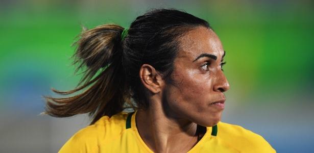16d5208deb2da Marta revela clima ruim e relata ciúmes entre jogadoras da seleção ...