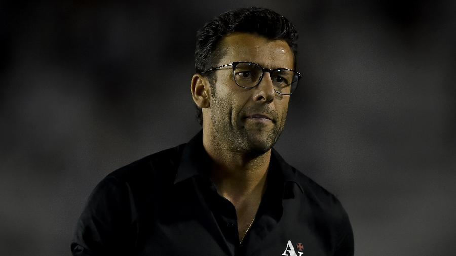 Valentim foi demitido do Vasco na noite de ontem (22), após derrota na final do Carioca - Thiago Ribeiro/AGIF