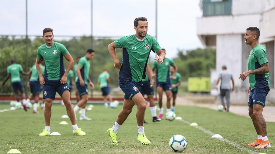 Ganso e Nenê em treinamento com bola no Fluminense - Lucas Merçon / Fluminense F.C