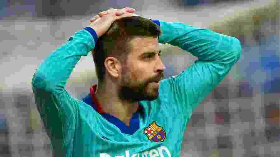 Piqué lamenta gol da Real Sociedad sobre o Barcelona  - ANDER GILLENEA / AFP