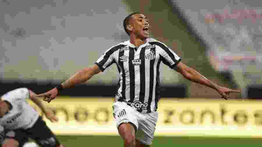 Madson comemora gol marcado pelo Santos contra o Corinthians - Ivan Storti/Santos FC