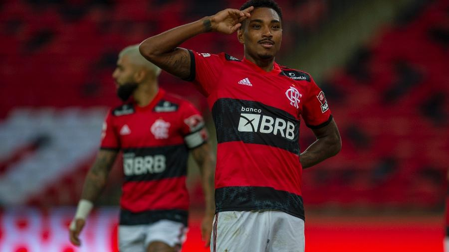 Vitinho comemora o gol marcado na semifinal contra o Volta Redonda - Marcelo Cortes / Flamengo