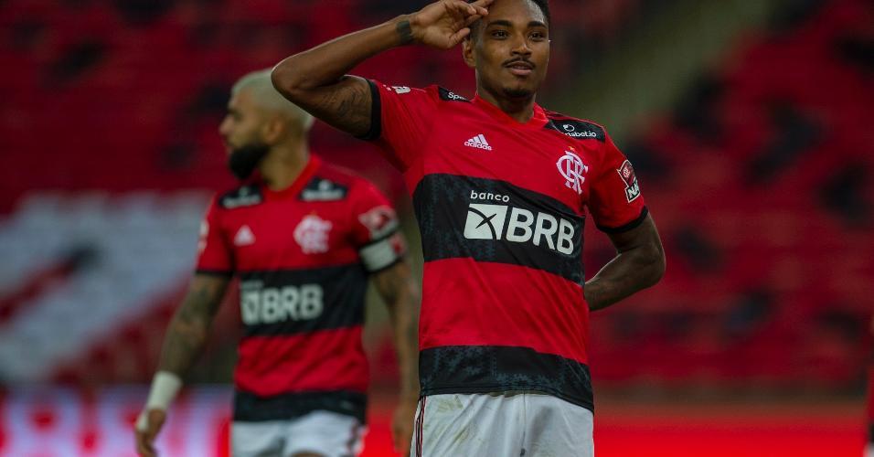 Vitinho comemora o gol marcado na semifinal contra o Volta Redonda