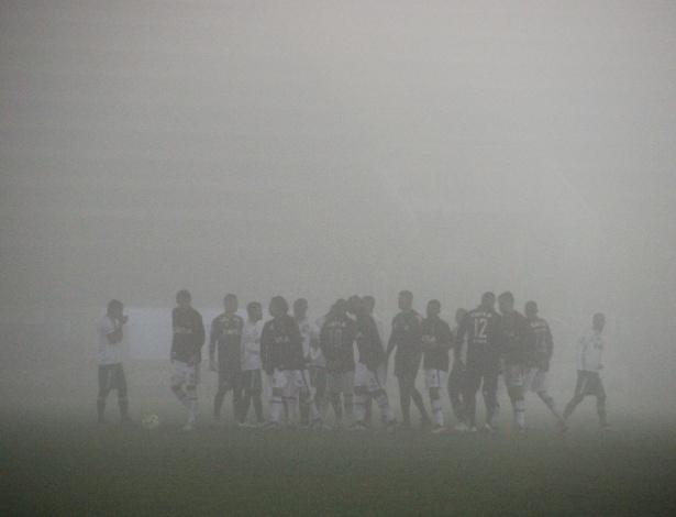 Neblina interrompeu o jogo entre os times em 2016 - Divulgação/Chapecoense