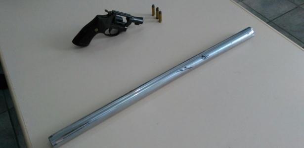 Revólver calibre 38 e barra de ferro foram apreendidos com integrantes da Bamor suspeitos de atirarem em torcedor organizado do Vitória