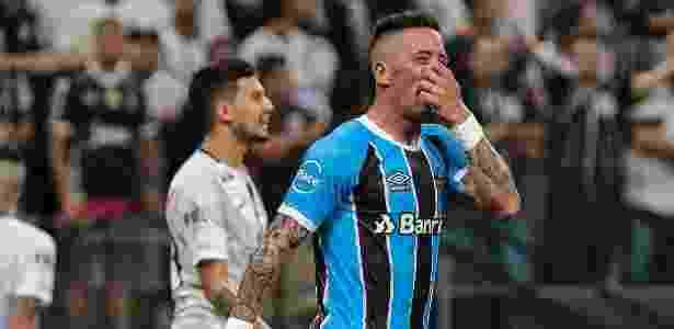 Lucas Barrios não marca desde o jogo contra o Botafogo, mas segue artilheiro no ano - Marcello Zambrana/AGIF