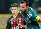 B. Nazário rompe ligamento do joelho e desfalca Atlético-PR no resto do ano - Daniel Vorley/AGIF