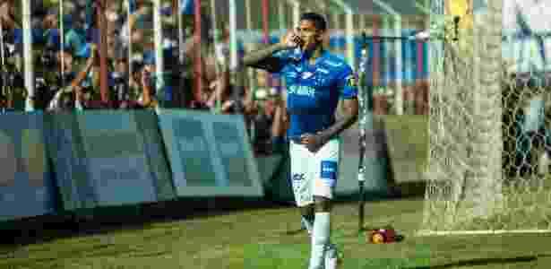 Raniel comemora gol do Cruzeiro contra o Guarani-MG - Bruno Haddad/Cruzeiro