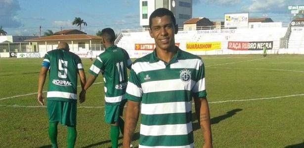 Anderson com a camisa do América-PE; atleta teve contrato rescindido pelo Arapongas - Reprodução
