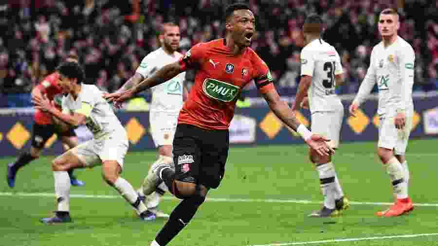 Mexer comemora gol do Rennes contra o PSG na Copa da França - Anne-Christine POUJOULAT / AFP