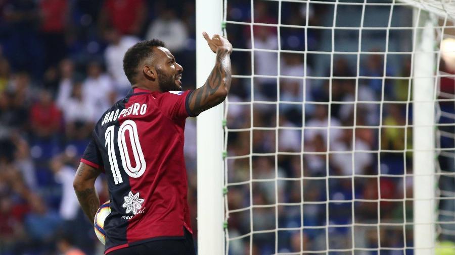 João Pedro comemora gol no Campeonato Italiano; já são 16 nesta temporada - Reprodução