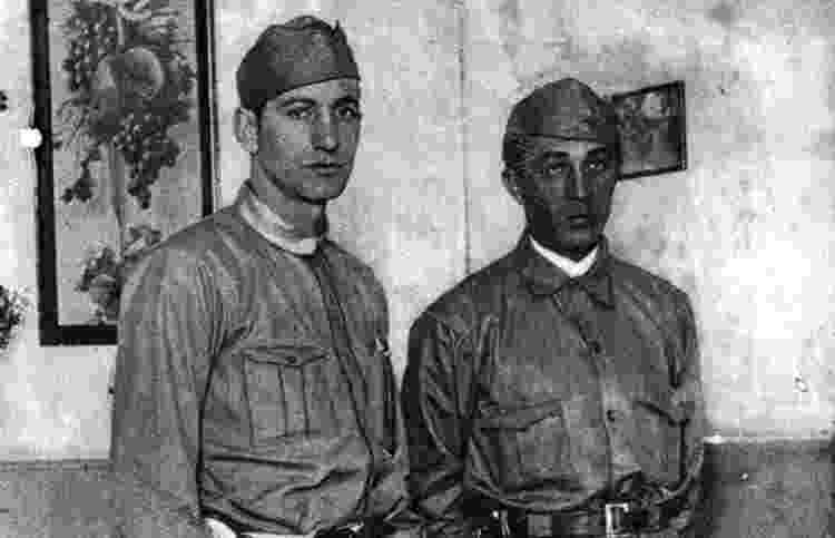 Arthur Friedenreich (dir.) e Faria, dois jogadores do São Paulo que combateram na Revolução Constitucionalista de 1932 - Reprodução - Reprodução