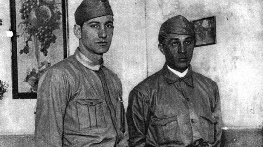 Arthur Friedenreich (dir.) e Faria, dois jogadores do São Paulo que combateram na Revolução Constitucionalista de 1932 - Reprodução