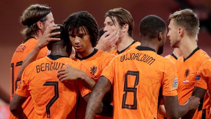Único gol da partida foi marcado por Steven Bergwijn - Eric Verhoeven/Soccrates/Getty Images