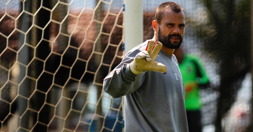 Diego Cavalieri em treino do Fluminense