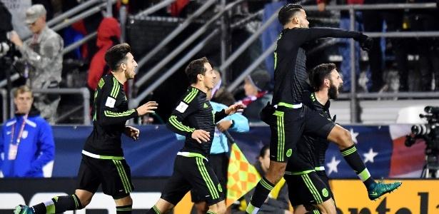 Com gols de Miguel Layun e Rafael Marquez, mexicanos levaram a melhor em Ohio