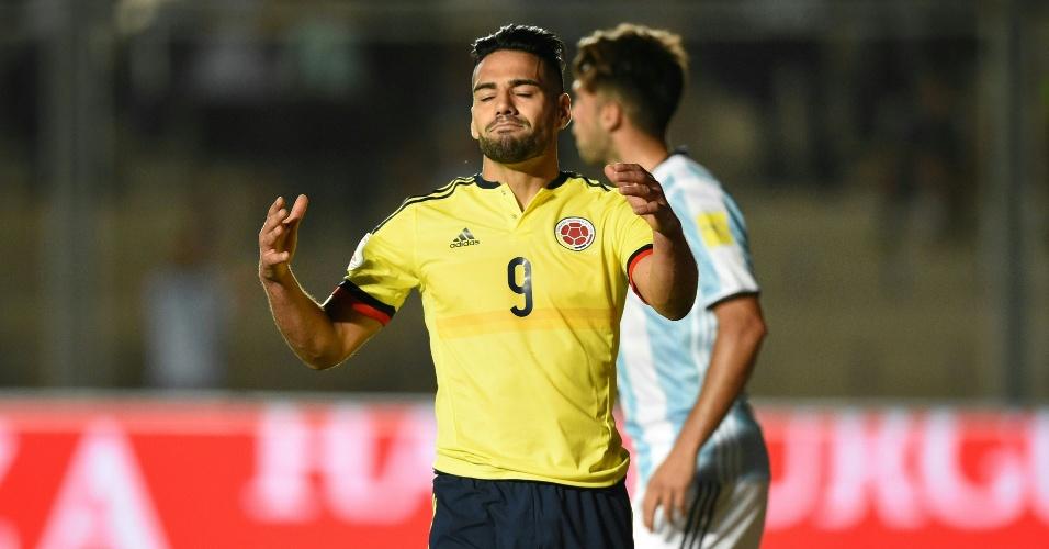 Falcao García lamenta lance da partida entre Argentina e Colômbia