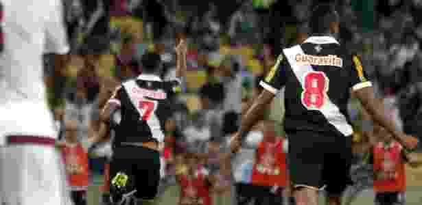 Jhon Cley, com a camisa 7, comemora seu marcante gol diante do Fluminense - Paulo Fernandes / Flickr do Vasco - Paulo Fernandes / Flickr do Vasco