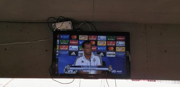 Em São José do Rio Preto (SP), torcida que foi ao estádio pôde ver final da Liga dos Campeões na TV enquanto acompanhava partida entre América-SP e Grêmio Prudente