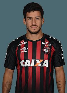 Marcinho, atacante do Atlético-PR