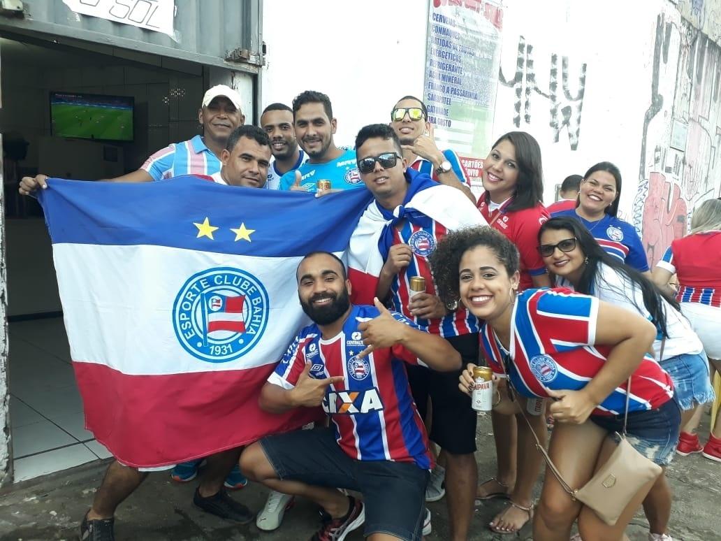 Torcedores do Bahia ignoram transmissão de Rússia e Croácia na Copa do Mundo