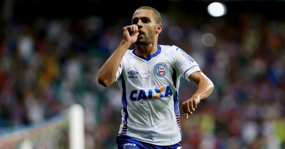 Clayton fez o segundo gol do Bahia contra o Botafogo