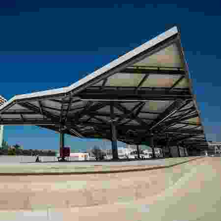 Viaduto de Curicica para passagem do BRT Transolímpica foi construído onde ficava o estádio Eustáquio Marques - André Motta