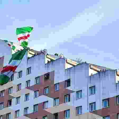 torcedores no prédio - Divulgação/Red Star - Divulgação/Red Star