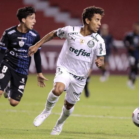 Marcos Rocha em ação pelo Palmeiras contra o Independiente del Valle na Libertadores - Franklin Jacome/Getty Images