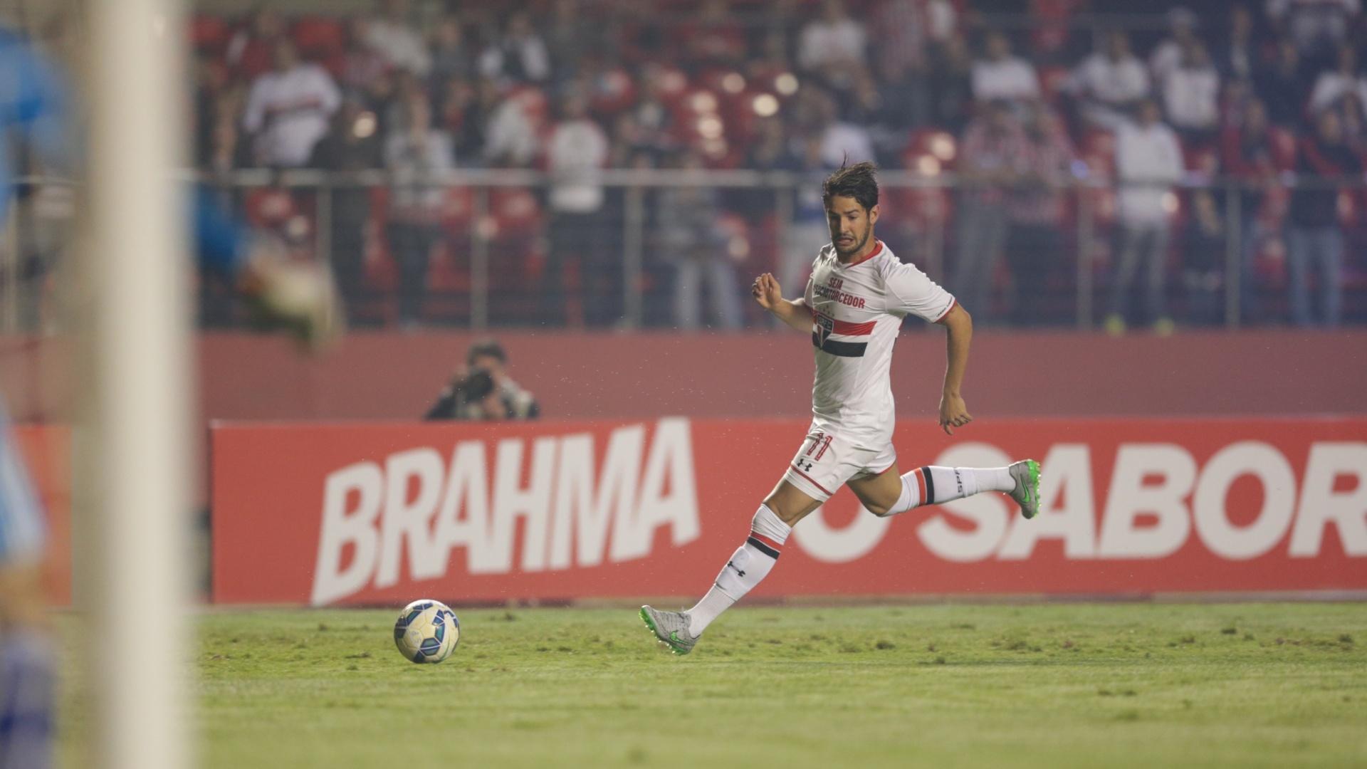 Alexandre Pato foi o responsável pelas principais jogadas do São Paulo contra a Ponte Preta