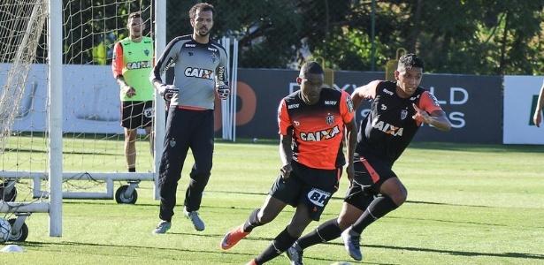 Maicosuel foi relacionado no Atlético-MG com menos de duas semanas de treinos