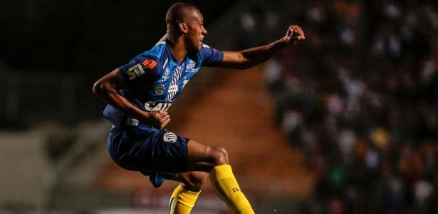 Gol no clássico contra o São Paulo foi o oitavo do colombiano com a camisa do Santos