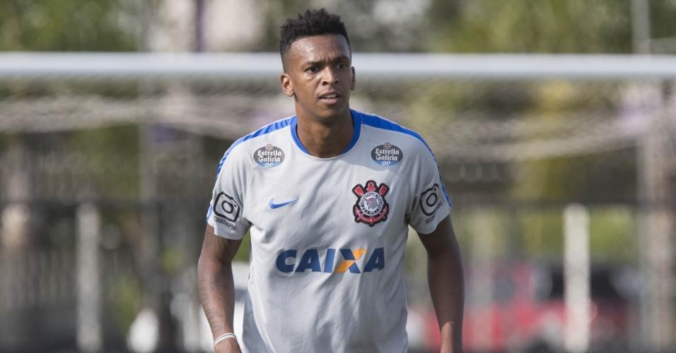 Jô, centroavante do Corinthians, durante treinamento na reta final de 2016