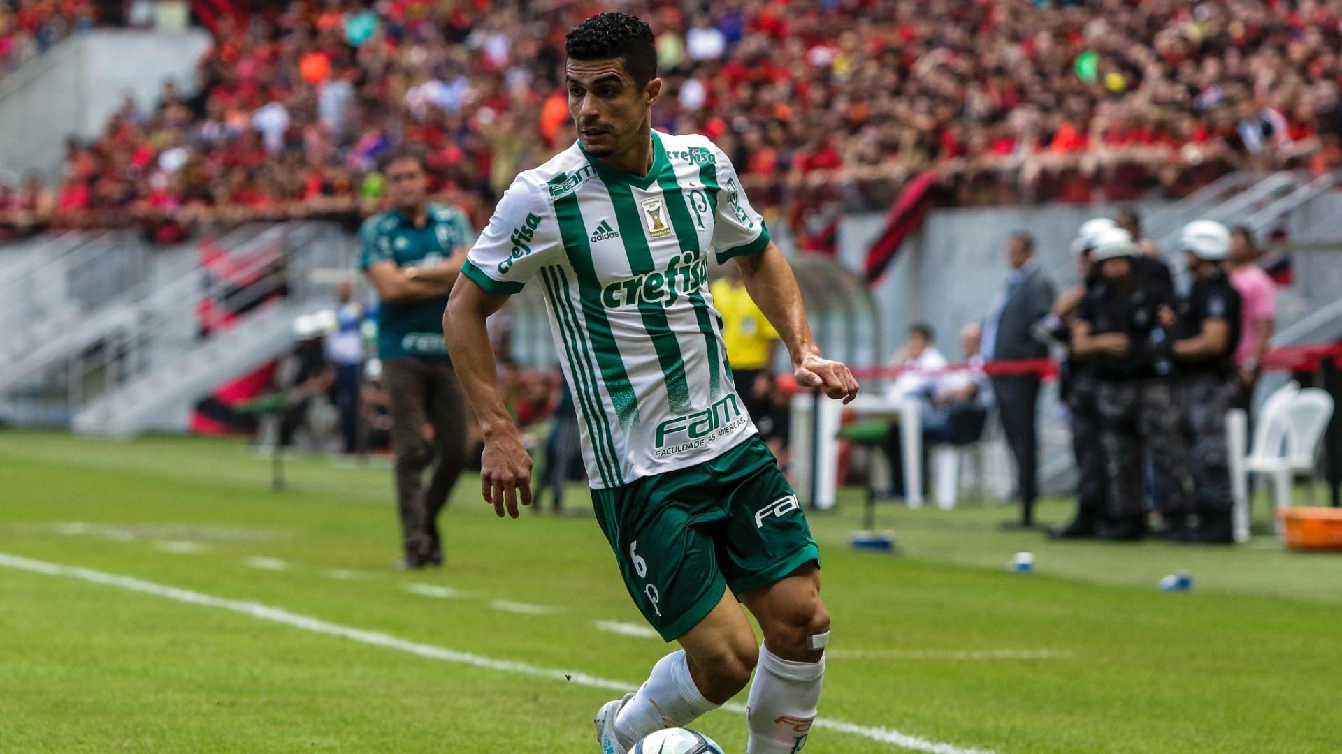 Egídio deu assistência para o gol anotado por Bruno Henrique para o Palmeiras