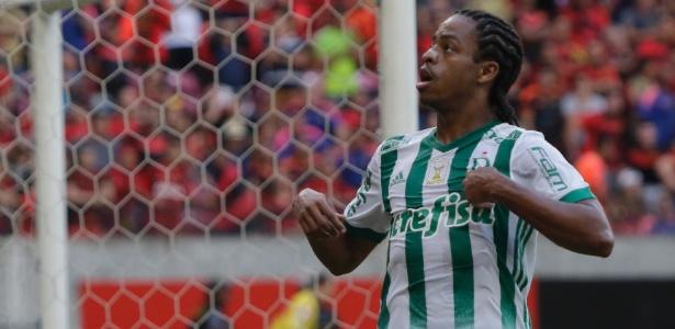 Keno afirmou que o jogadores ficaram tristes com a falta de chance a Valentim - Clélio Tomaz/AGIF