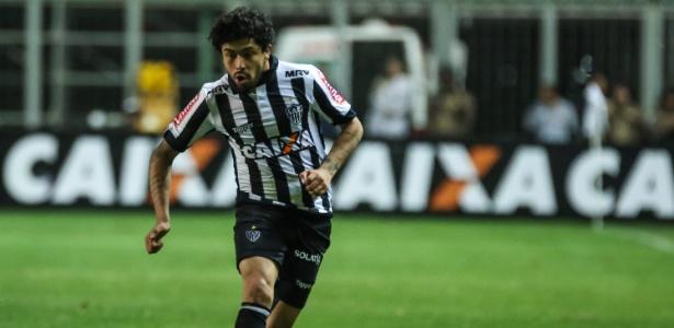 Luan pode ser titular do Atlético contra o Botafogo, como centroavante