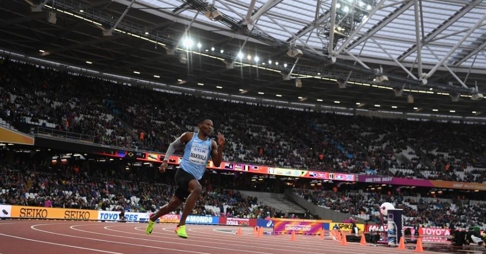 Isaac Makwala, de Botsuana, disputa sozinho a qualificação para os 200m no Mundial de Atletismo