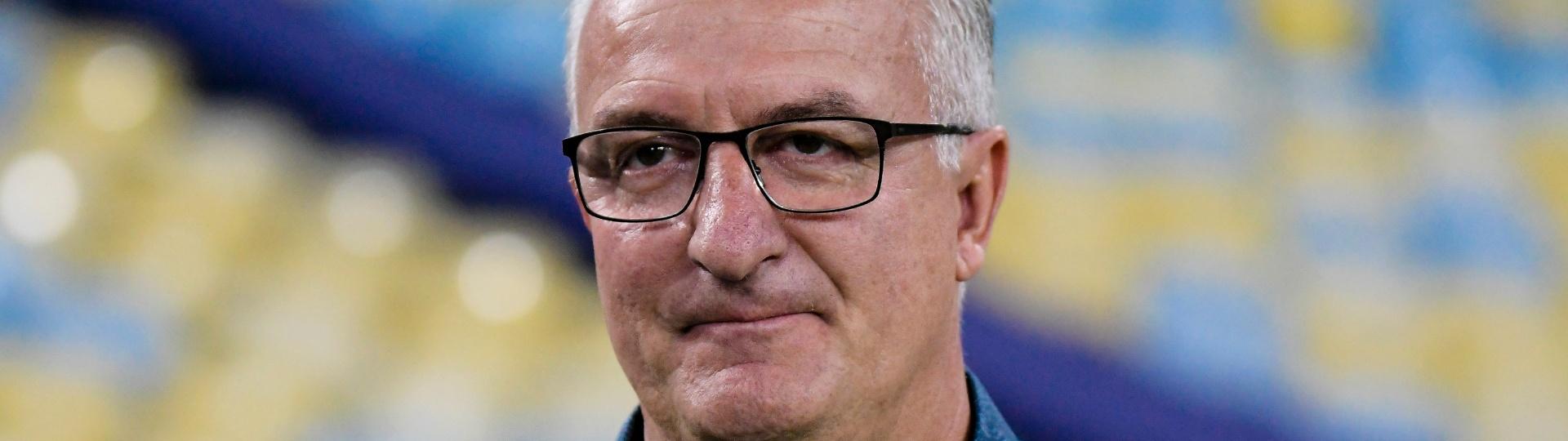 O técnico Dorival Júnior comanda o São Paulo contra o Fluminense