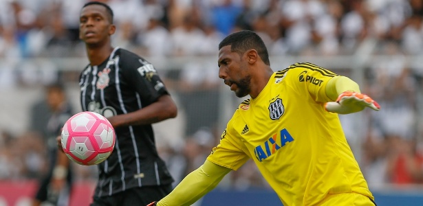 Aranha foi eleito o melhor goleiro do Campeonato Paulista de 2017