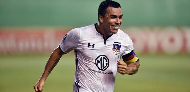 O atacante Paredes, do Colo-Colo, que enfrenta o Corinthians nas oitavas de final