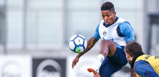 03f7cfe0f04ac Marinho agrada em treinos e deve estrear em amistoso contra o Corinthians -  05 07 2018 - UOL Esporte
