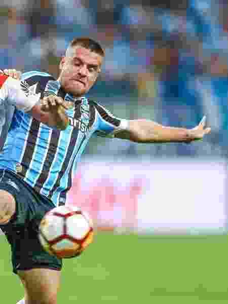 Grêmio e River Plate em duelo na semifinal da Libertadores 2018 - Lucas Uebel/Getty Images