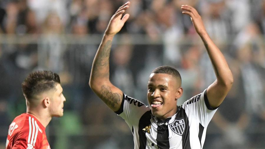 Atlético Mg Como Alerrandro Barrou Ricardo Oliveira Um Dos