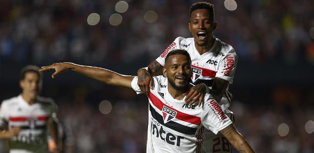 Assista ao gol | SP fura retranca do Corinthians e vence clássico por 1 a 0