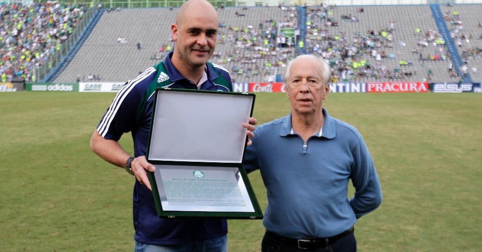 Valdir Joaquim de Moraes ao lado de Marcos; ambos fizeram grande história no Palmeiras