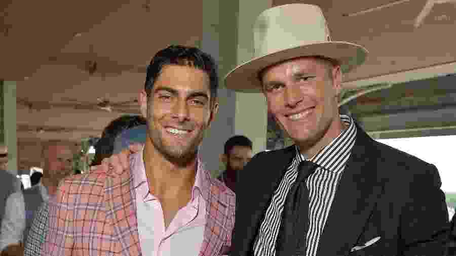 Jimmy Garoppolo e Tom Brady lado a lado em evento realizado em maio de 2019 - Michael Loccisano/Getty Images for Churchill Downs