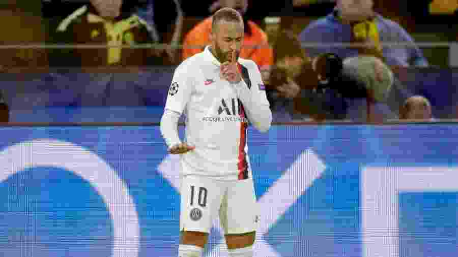 Neymar comemorando seu gol contra o Borussia Dortmund  - Soccrates Images/Colaborador