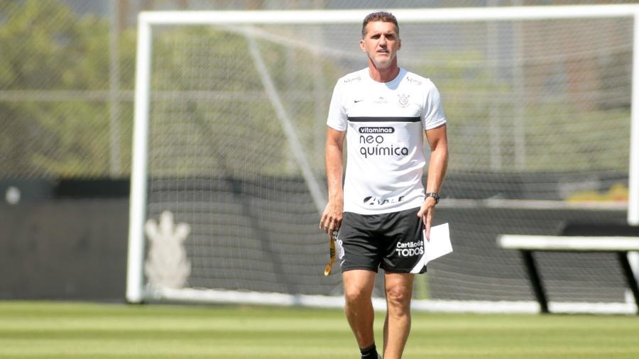Vagner Mancini acredita em evolução do jovem Cauê - Rodrigo Coca/ Ag. Corinthians